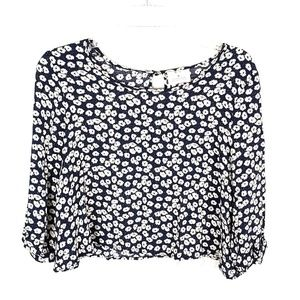 Pins and needles flower crop top